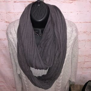 Renee C ribbed infinity scarf charcoal gray